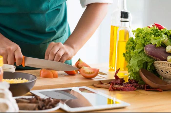 Как зарабатывать на умении хорошо готовить?  Кулинарный бизнес: идеи работы на себя