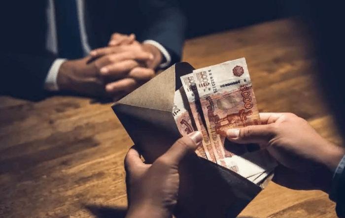 Россия поднялась на 8 пунктов в международном рейтинге уровня коррупции в странах. Теперь мы на почетном 129 месте рядом с Мали и Габоном